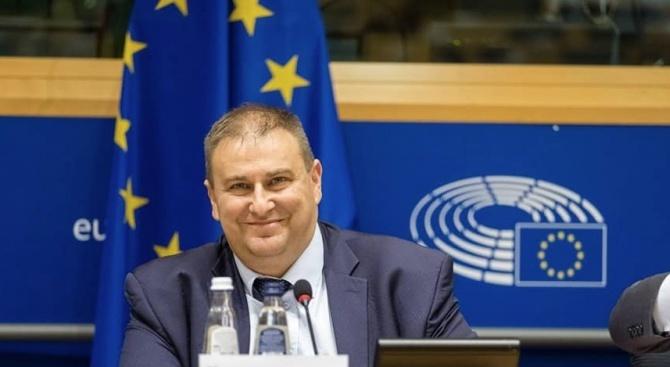 Емил Радев: България е пример за опазване на европейските граници