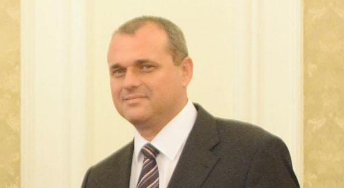 Искрен Веселинов: Идеята за създаването на български ВиК холдинг крие рискове