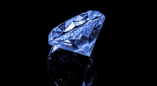 """Луи Вюитон"" купи втория по големина нешлифован диамант в света"