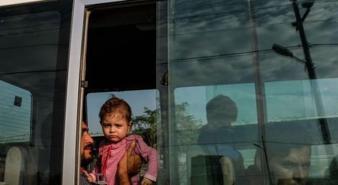 Воюващите лагери в Сирия от години вземат на прицел деца,