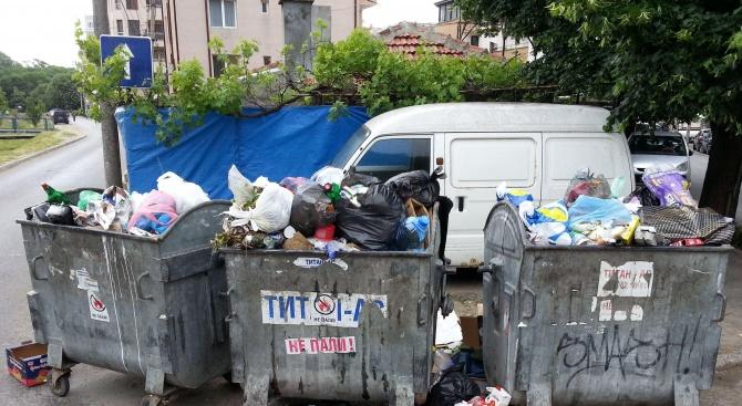 Зам.-министър пуснал у нас боклука от Италия