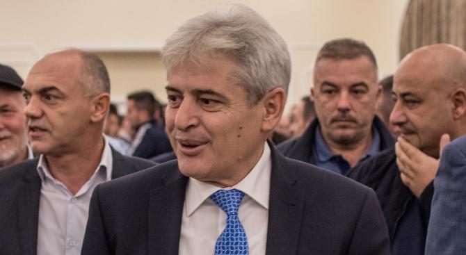 Албански политик в Скопие: Отказах да деля Македония