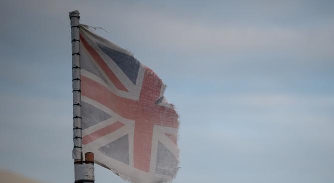 Свалят британското знаме от пилоните пред ЕП