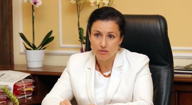 Десислава Танева разкри как ще бъде изкоренена АЧС