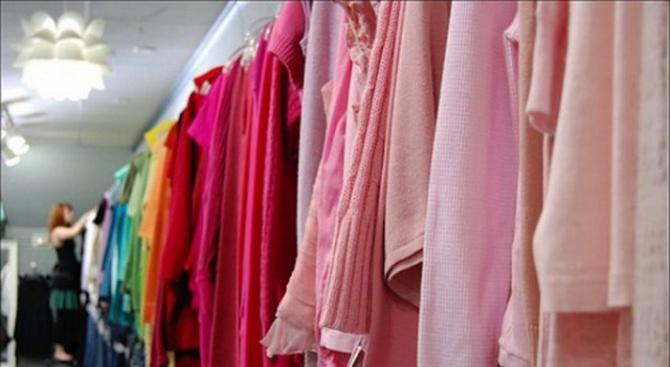 Премиерът успокои вносителите на дрехи втова употреба