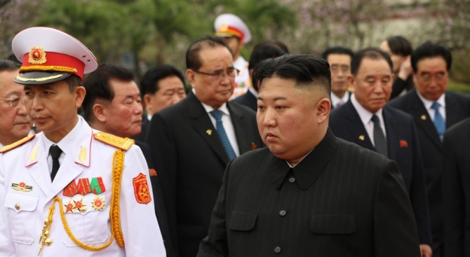 Смениха севернокорейския външен министър