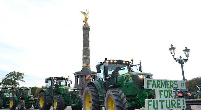 Десетки хиляди в Берлин призоваха за реформи в селското стопанство