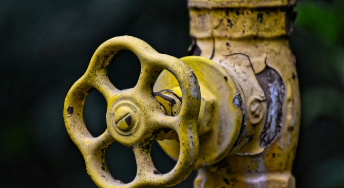 "Откриха около 10 нови теча по водопровода от язовир ""Тича"""
