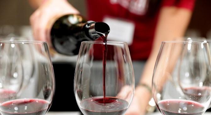 """ДФ """"Земеделие"""" увеличава безвъзмездната помощ за промоции на вино в трети държави през 2020 г."""