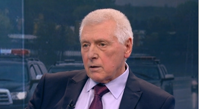 Ген. Димитър Владимиров: Политици не трябва да се бъркат в работата на НСО