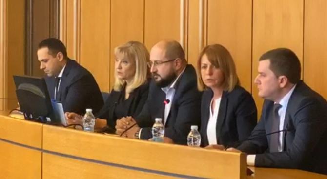 На живо: Извънредно заседание в София заради безводието в Перник