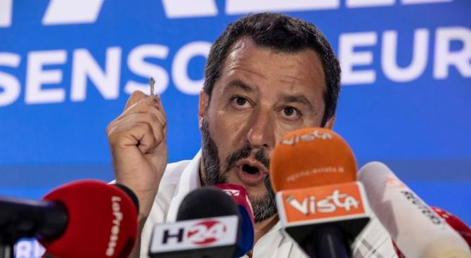 """Ще успее ли Матео Салвини да срути италианската """"Берлинска стена""""?"""
