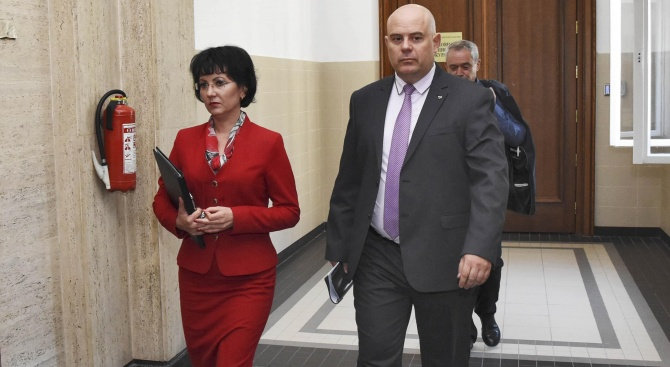 Иван Гешев избра заместниците си