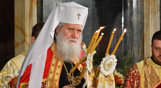 """Патриарх Неофит ще почете паметта на своя небесен покровител с литургия и молебен в храма """"Св. Неделя"""""""