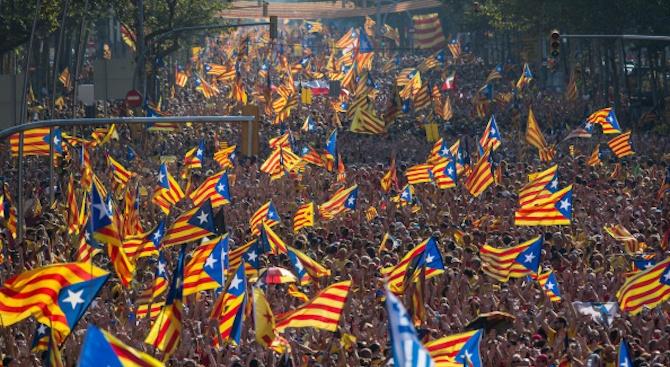 Бивши началници на полицията в Каталуния застанаха пред съда по ново дело за референдума за независимост