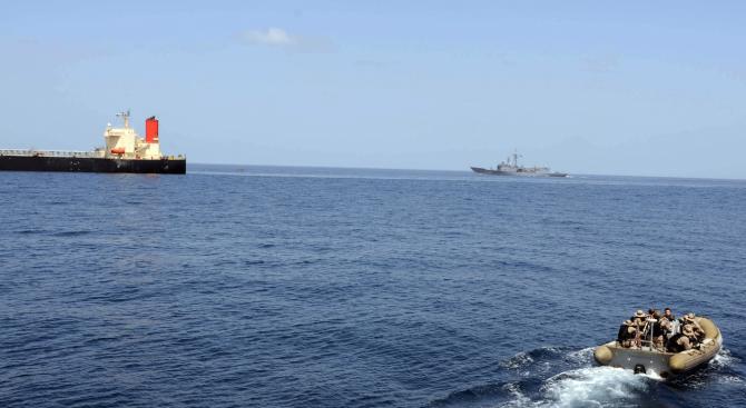 Освободиха отвлечените край Камерун гръцки моряци