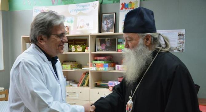 Светият синод на БПЦ дарява средства на Клиниката по детска онкохематология в ИСУЛ