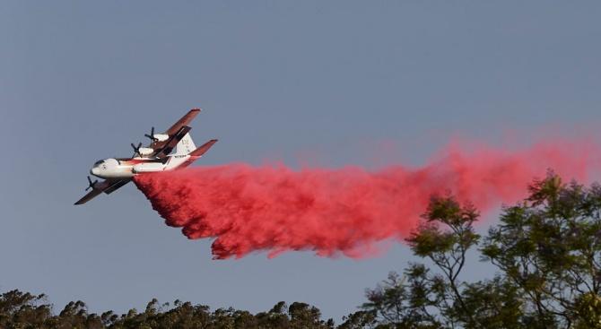 Самолет за гасене на пожари се разби в Австралия