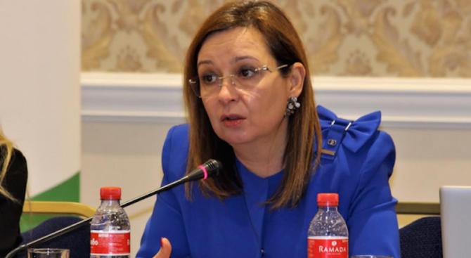 Зорница Русинова: Дългият път да задържим младите в България е през инвестициите в образованието