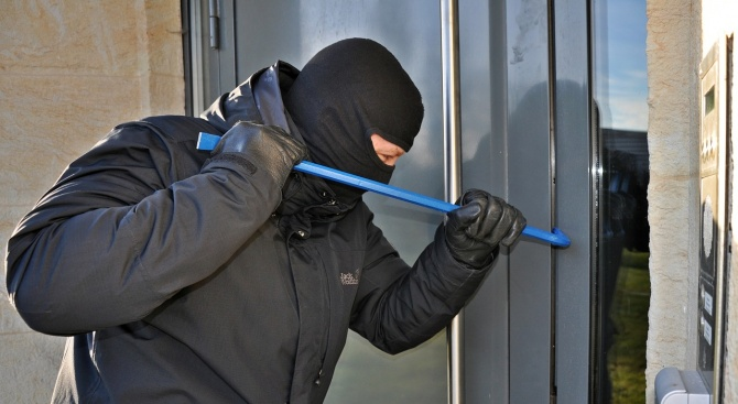 По-дръзки ли стават крадците или полицията ни по-неспособна?
