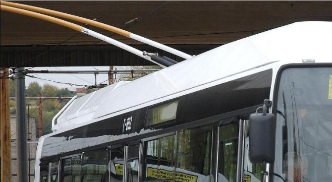 Плевен въвежда електронна система за таксуване в обществения транспорт