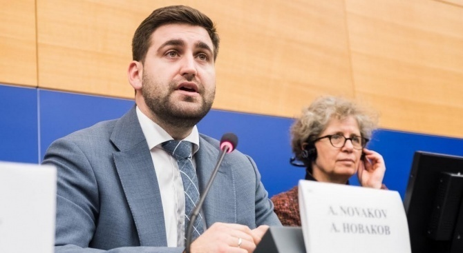 ГЕРБ/СДС: В България БСП се представя за загрижена, а в Брюксел гласува неприемливи текстове