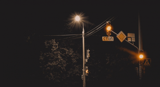 Удължава се срокът по процедурата за рехабилитация на улично осветление