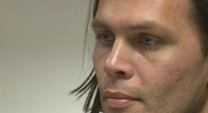 Валиумния изнасилвач остава в ареста, оплака се от насилие и побой