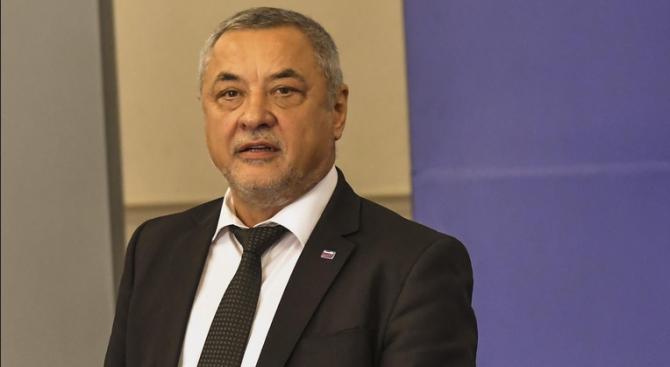 Валери Симеонов: Комисията по хазарта е корумпирана и купена