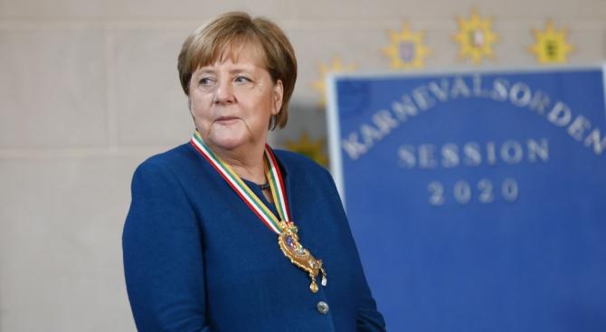 Меркел е в Истанбул