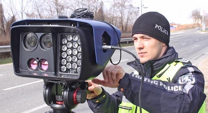 За ден: Камери хванаха над 800 нарушения на пътя във Великотърновско