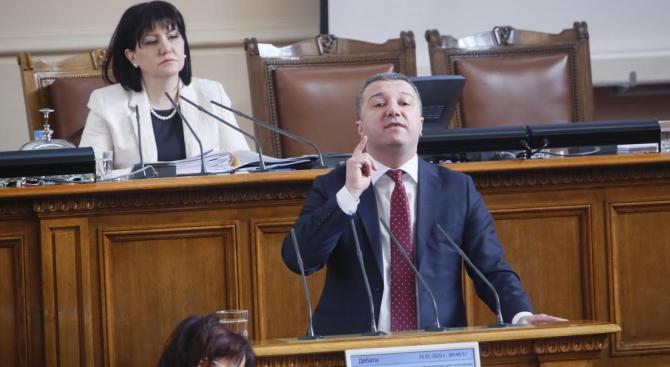 Драгомир Стойнев: Кризата с водата, въздуха и боклука е резултат от управлението на ГЕРБ