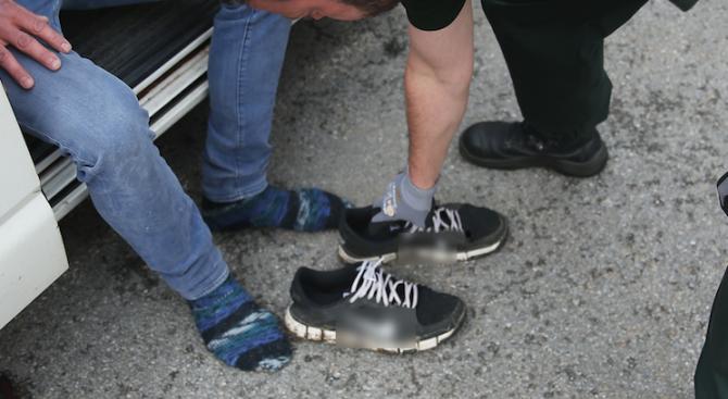 Столични полицаи иззеха наркотици от 23-годишен мъж, опитал да ги