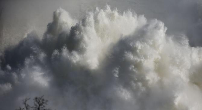 Взрив е разтърсил американския град Хюстън (в южния щат Тексас),