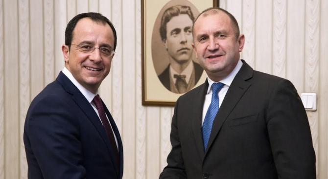 България и Кипър ще активизират сътрудничеството си в областта на енергетиката, икономиката и свързаността