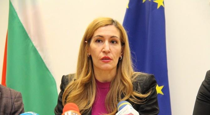 Ангелкова: Механизмът за насърчаване на организирания туризъм ще направи България по-конкурентна дестинация