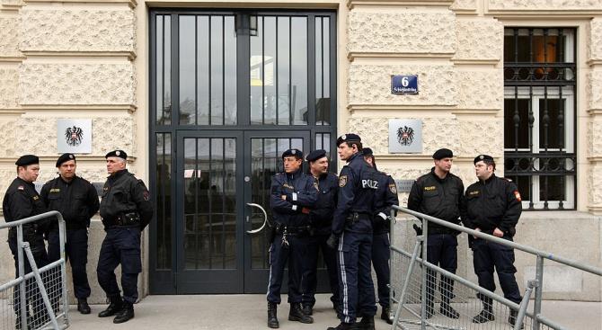 1600 полицаи охраняват бала на националистите във Виена