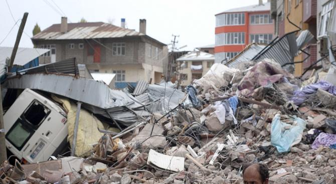 Жертвите на земетресението в Турция се увеличават