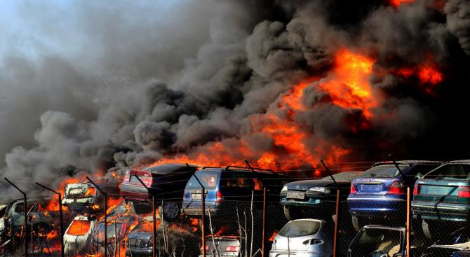 Огнен ад в автоморга в Хасково