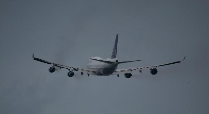 Самолет кацна аварийно в Дубровник заради смърт на борда