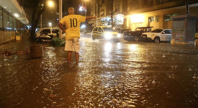 Наводнения и свлачища отнеха живота на 11 души в Бразилия