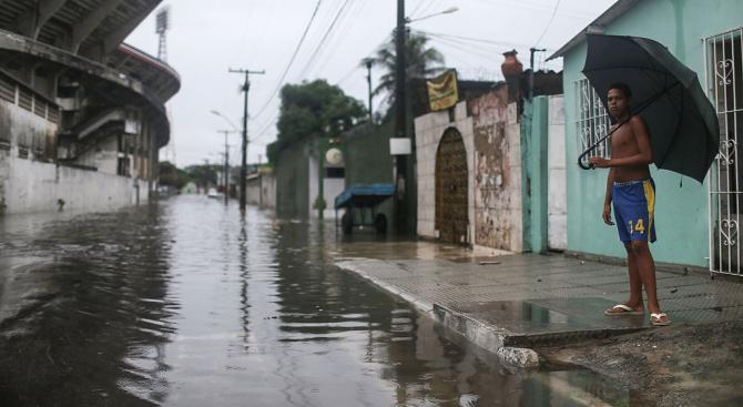 Най-малко 38 са вече загиналите при наводненията в Бразилия