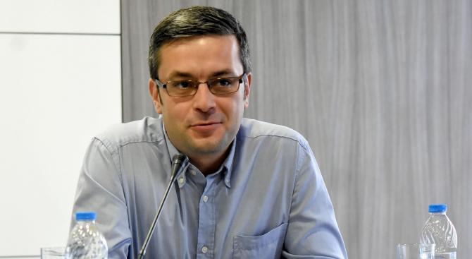 Тома Биков: Хубавото на ситуацията в Перник е, че фокусът на вниманието се премести там