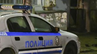 Намериха наръгана 60-годишна жена пред блок в столичния кв.