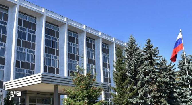 Обявените за персона нон грата руски дипломати са напуснали България