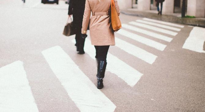 Пловдивчанка блъсна жена на пешеходна пътека