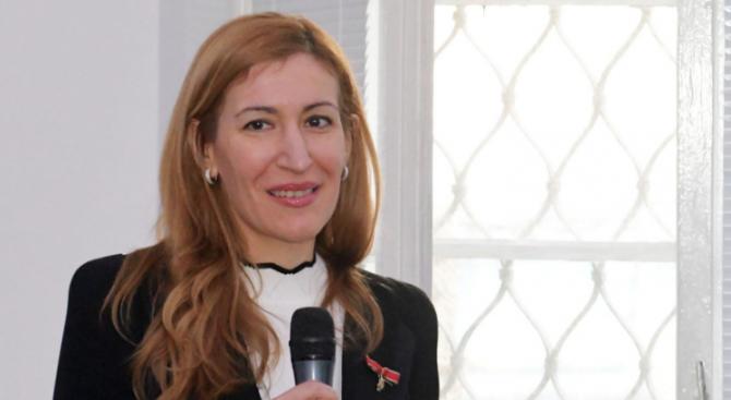 Ангелкова на работна среща в Брюксел с еврокомисаря по транспорт Адина Вълян: Насърчаваме привличането на повече инвестиции в туризма