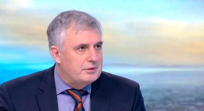 Ивайло Калфин: Българите не вярват на еврото