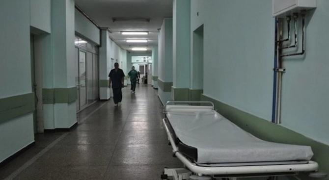 Лекари продължават да се борят за живота на пострадалите при жестоката катастрофата край Русе