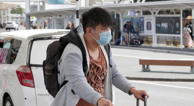 Над 400 000 долара глоба за аптека в Пекин, завишила цените на хирургическите маски